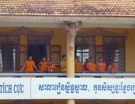 BuddhistMonks_092