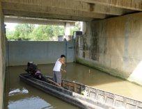 FishermanWaterGate_270