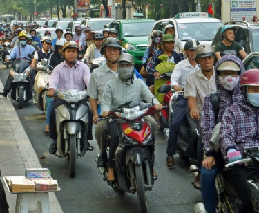 Motorbikes_Congested_HCMC_130