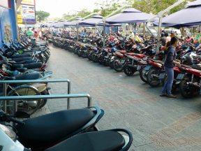 MotorbikesParkingLot_CanTho_508