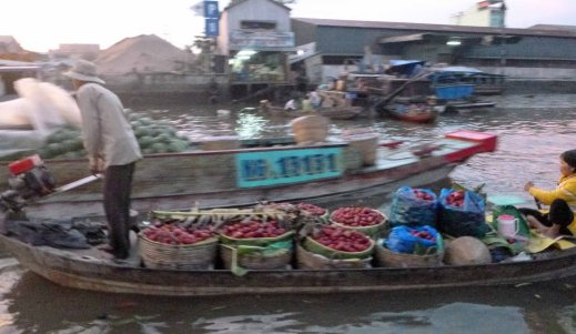 ProduceFloatingMarket_343